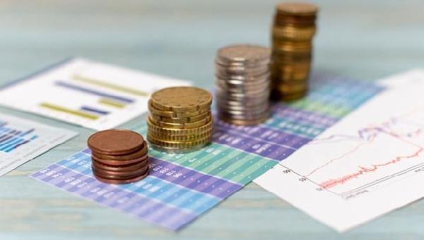 Câmbio Flutuante, Desvalorização e Inflação.